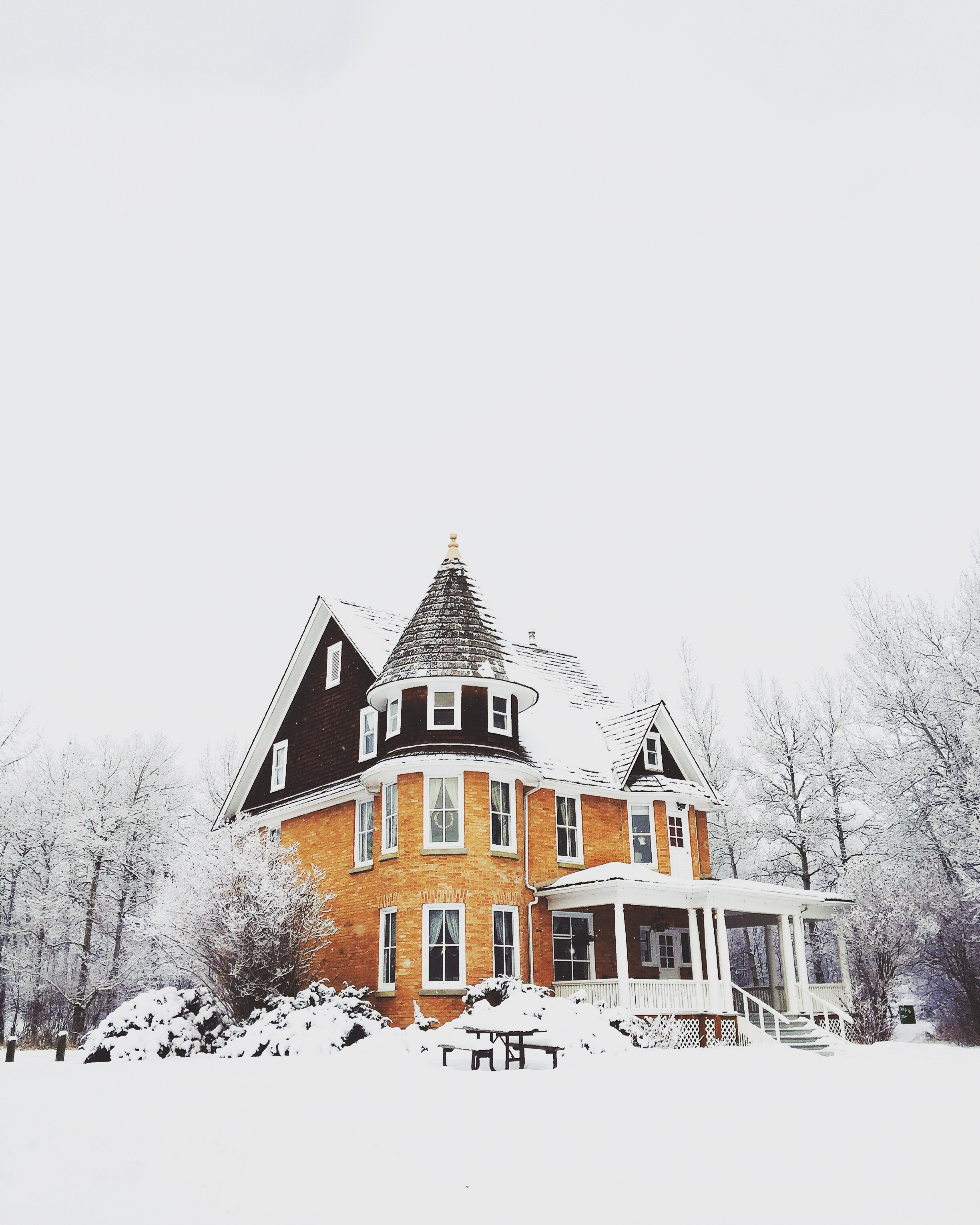 Why Winter is a Good Time to Sell Your House